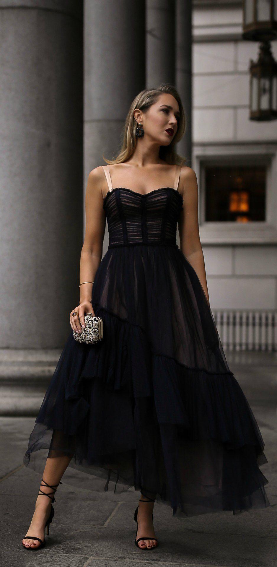 30 Dresses In 30 Days Day 19 Charity Gala Black Lace Tulle Bodice Style Flowy Midi Dress Black Strappy Ankle W Fashion Dress Accessories Black Tie Dress [ 1919 x 938 Pixel ]