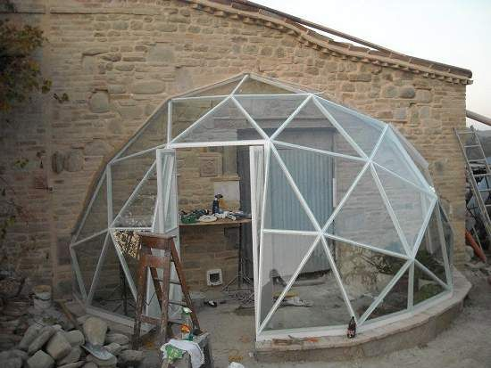 jan 39 s half gd27 geodesic dome covered in glass and used as a conservatory geodesic domes. Black Bedroom Furniture Sets. Home Design Ideas