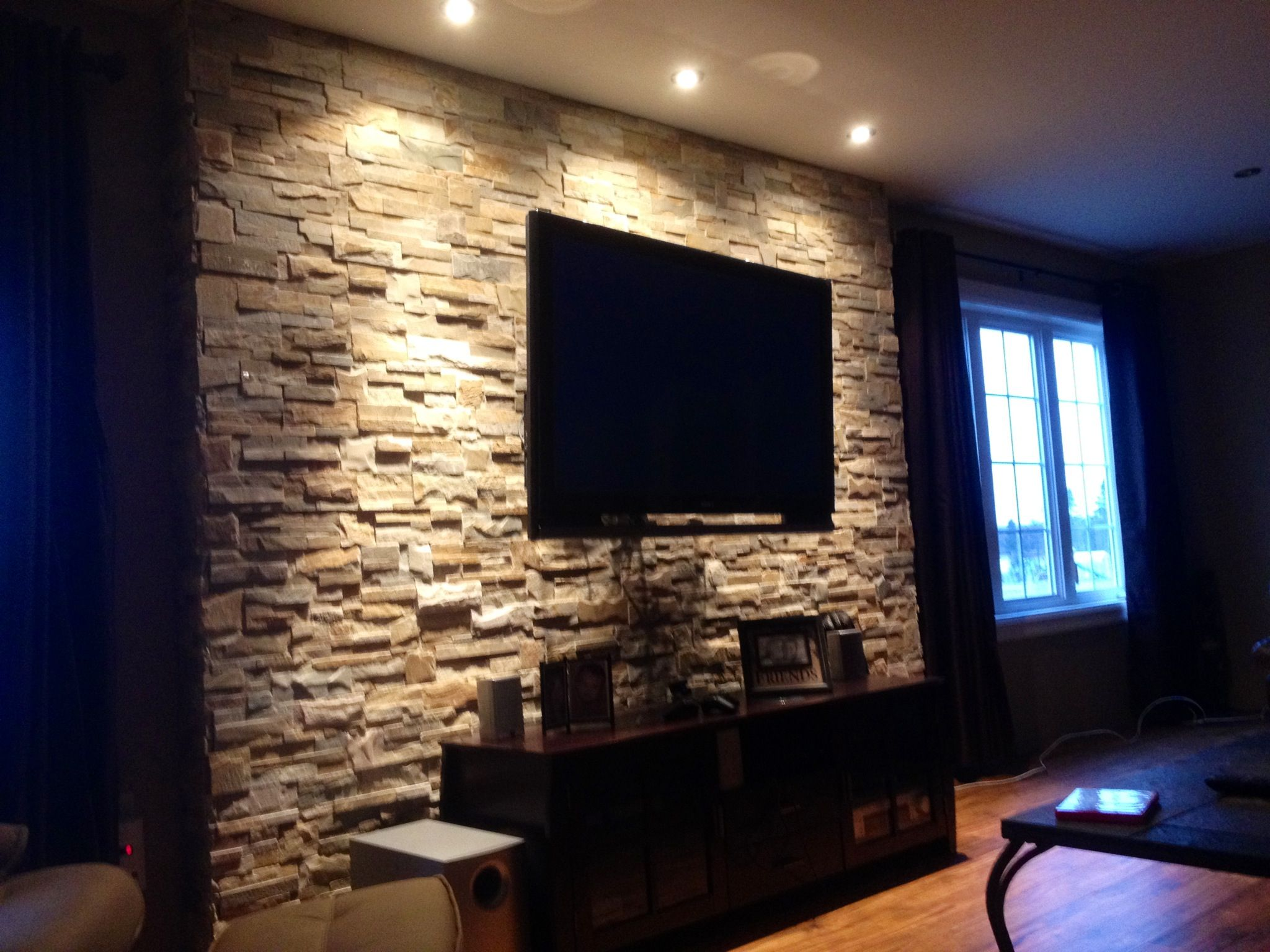 Tv Wall With Rocks But The Tv Isnt Centered Doesnt Look Bad