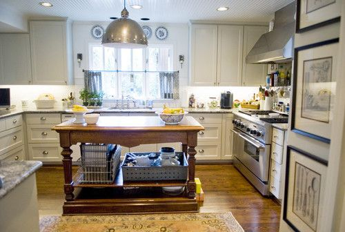 Traditional Kitchen By Katherine Robertson Photography