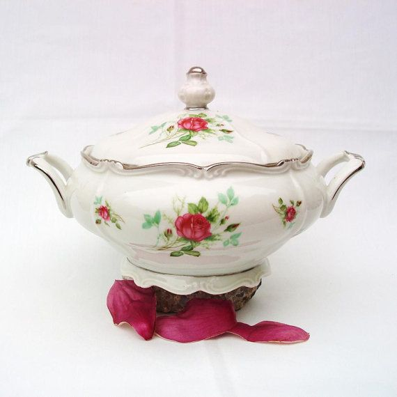 Covered Serving Dish Soup Tureen German Porcelain - Great Wedding Gift & Covered Serving Dish Soup Tureen German Porcelain - Great Wedding ...
