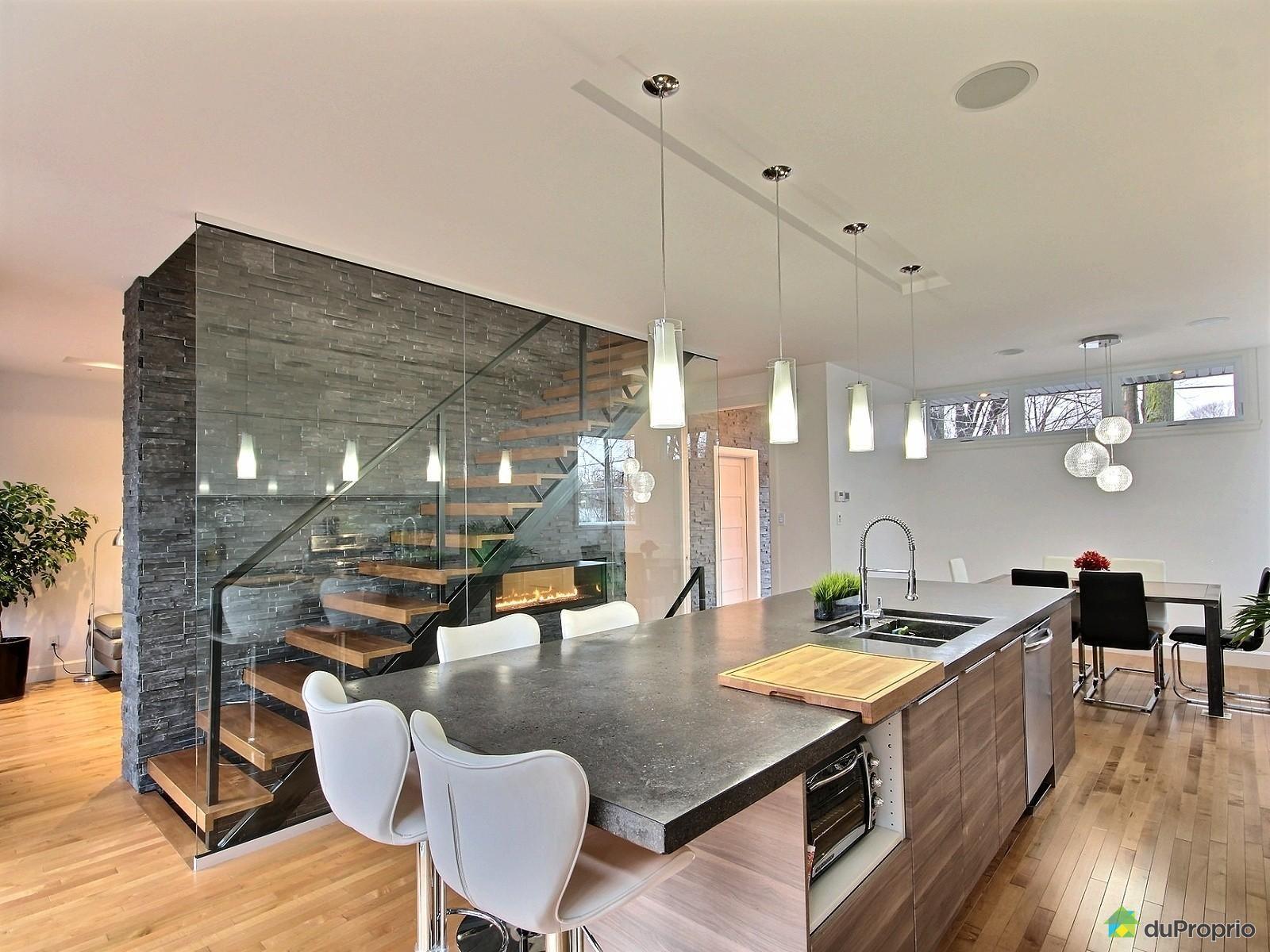 Une cuisine moderne ce grand lot central est parfait l - Renover une cuisine rustique en moderne ...