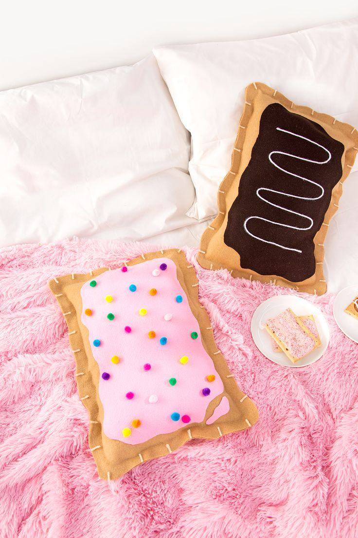 Diy Throw Pillow No Sew :  DIY No-Sew Pop Tart Pillow Crafts - Projects I GOTTA make! Pinterest Tarts, Pillows and Diys