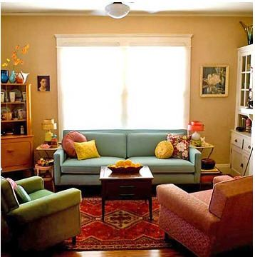 Happy Day Vintage: Fashion Friday with Etsy, A Colorful Vintage Living Room