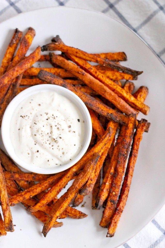 Chili Garlic Sweet Potato Fries with Lemon Garlic Mayo