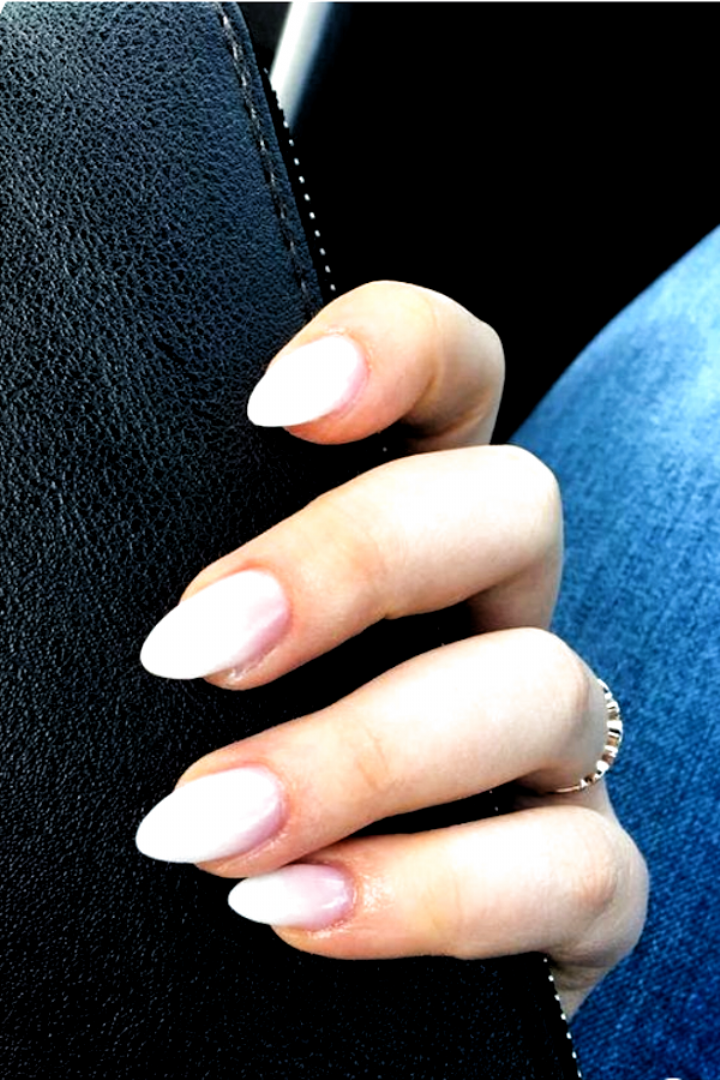 60 Charming Almond Nail Ideas For Both Short And Long Nails Nails Acrylic Almond Long In 2020 Almond Acrylic Nails Short Almond Nails Almond Nails Designs