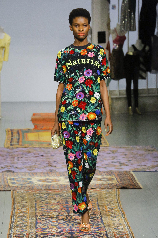 Fashion week Fall ashish runway review for woman