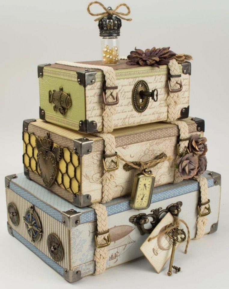 Stacked luggage trunks creative ideas pinterest maletas cajas y cart n - Cajas de carton bonitas ...