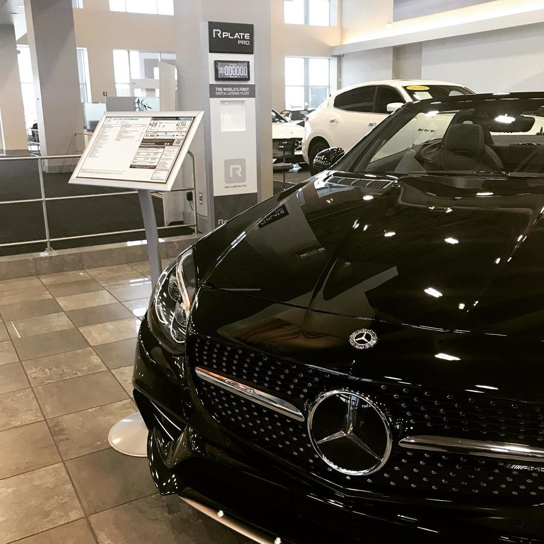 Rplate Pro Is Now Available At Mercedes Benz Of Chandler Mb Mercedes Mercedesbenz Chandleraz Amg Arizona Adot Reviver Rplate Digital Licenseplate