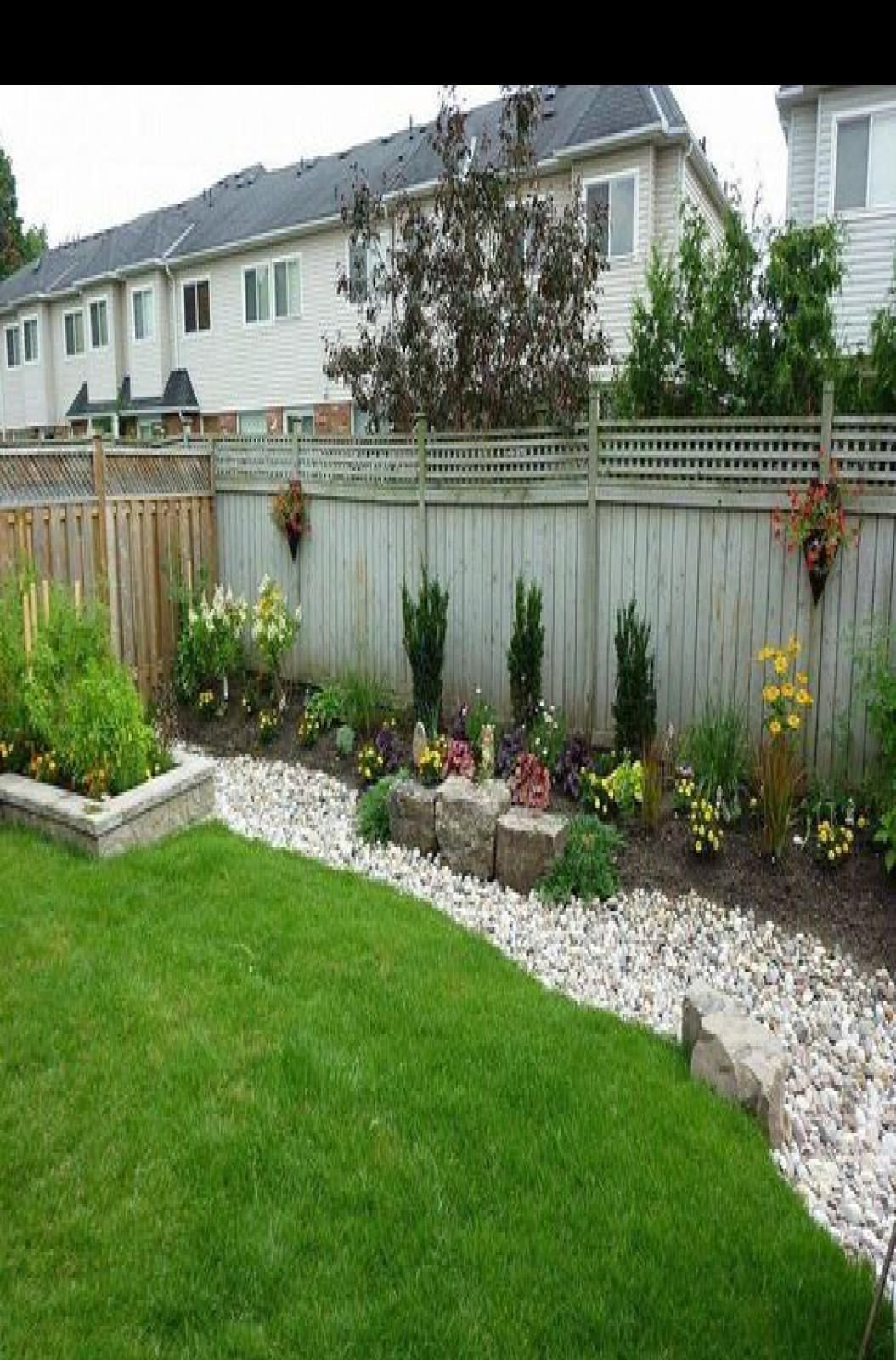 3 Friendly Clever Tips Garden Landscaping Backyard Garden Ideas For Small Space Backyard Clever Fr In 2020 Backyard Landscaping Low Maintenance Backyard Backyard Backyard landscaping ideas along fence