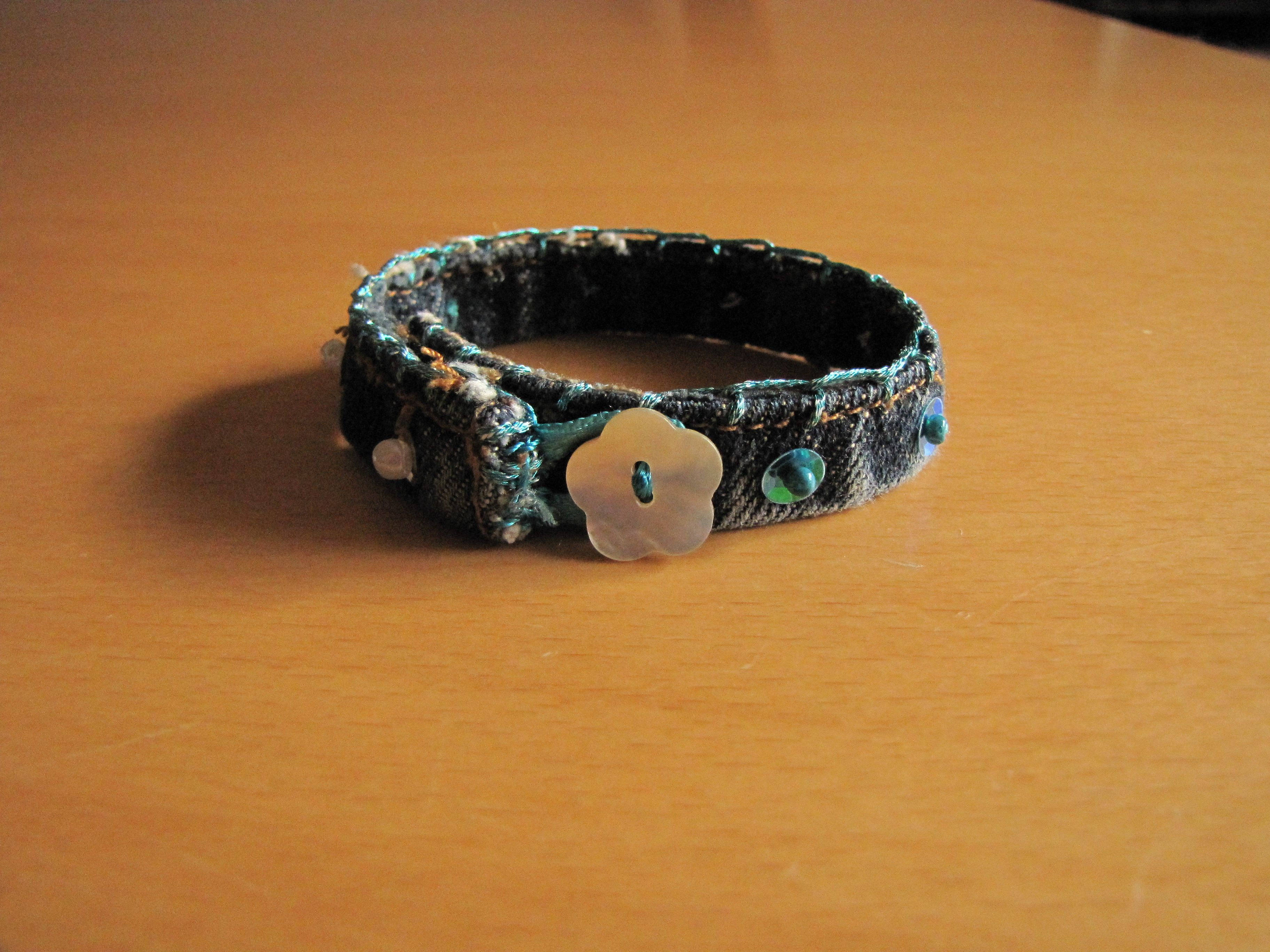 Armbandje blauw 1