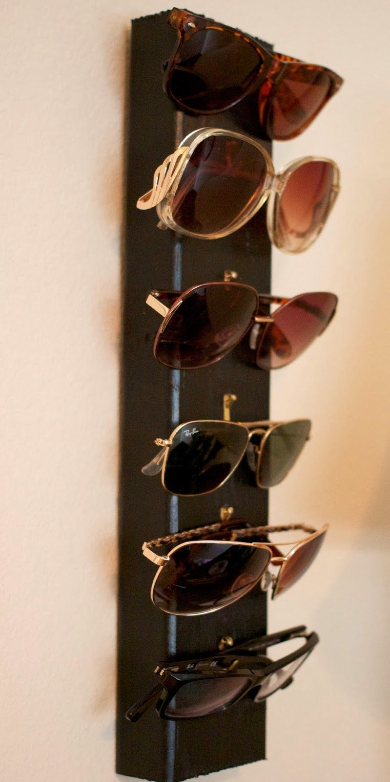 Delicieux DIY Sunglasses Display