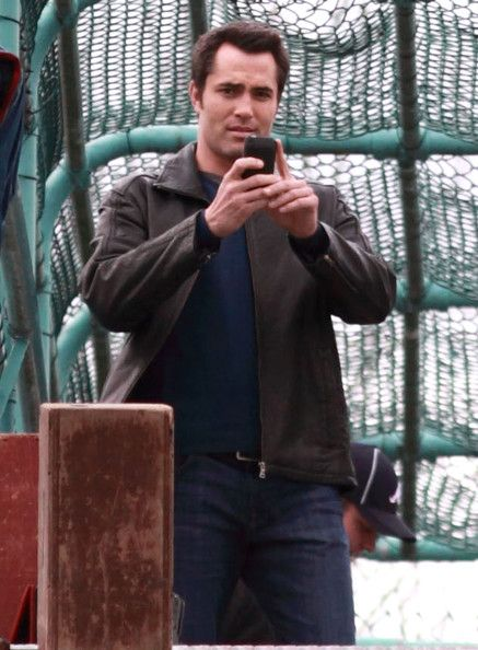 Victor Webster Photos Photos Stars On The Set Of Continuum In