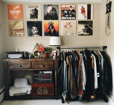 26 Ideas For Bedroom Aesthetic 80s #trendybedroom