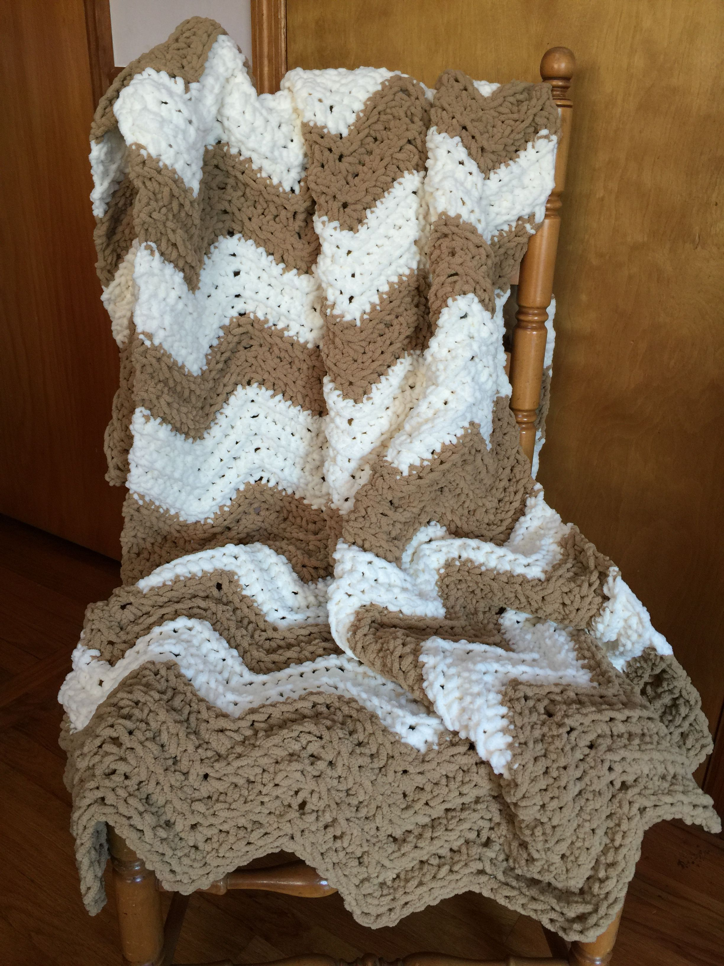 Stefanie\'s beach condo blanket made with Bernat Blanket yarn ...
