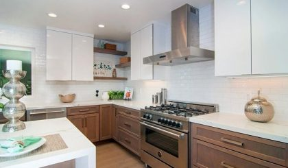 City Cabinet Center Specializes In The Design Supply And Installation Of Kitchen And Bath Cabinets Modern Kitchen Renovation Kitchen Renovation Modern Kitchen