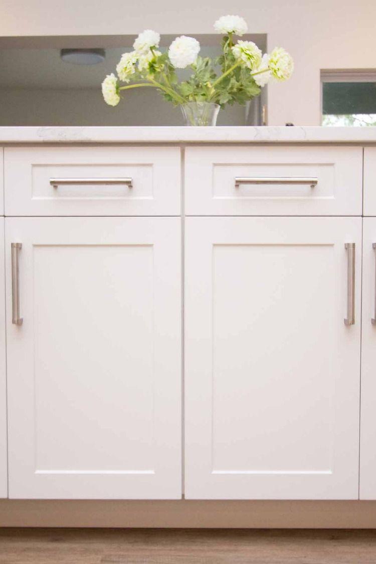Naples White Rtf Shaker Custom Cabinet Door In 2020 Replacing