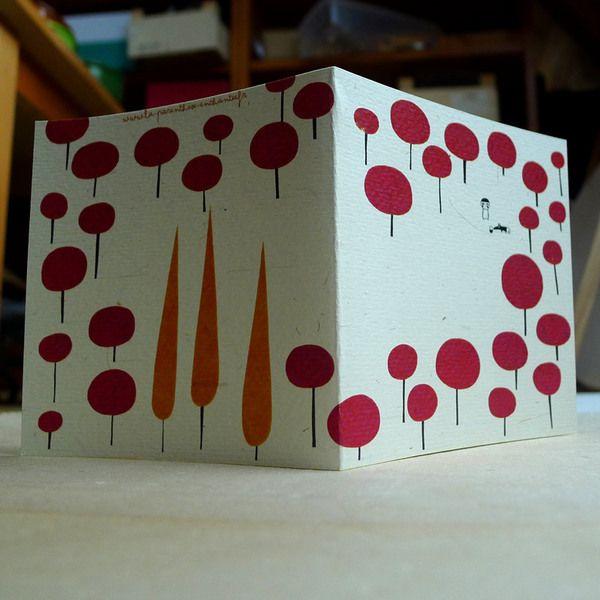 Carte, Où est passée le chaperon rouge C141 de La parenthèse enchantée sur DaWanda.com