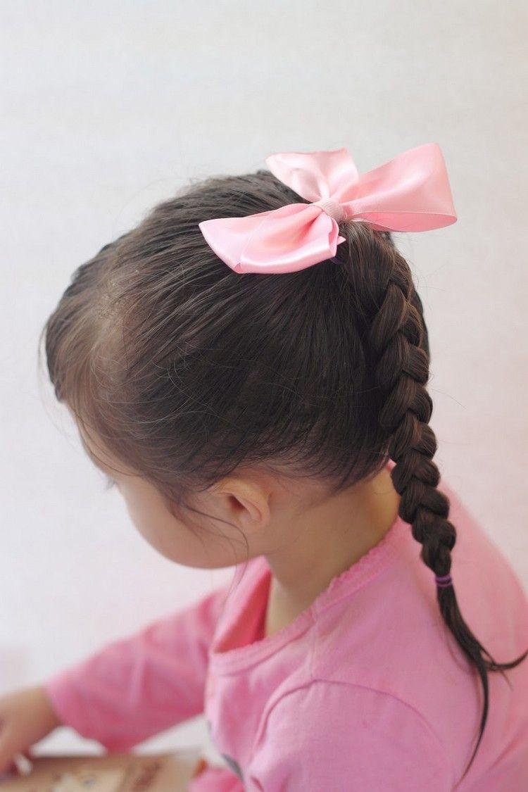 einfacher zopf frisuren für kleine mädchen rosa schleife
