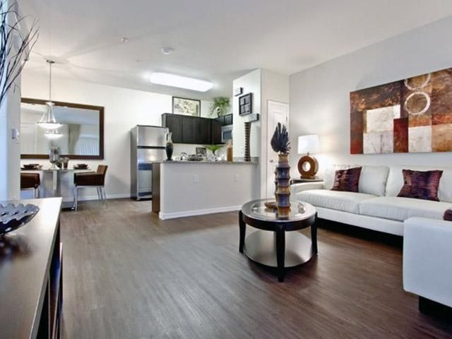 Apartments In Henderson Nevada Photo Gallery The Edge At Traverse Point Apartments Apartment Apartments For Rent Apartment Communities