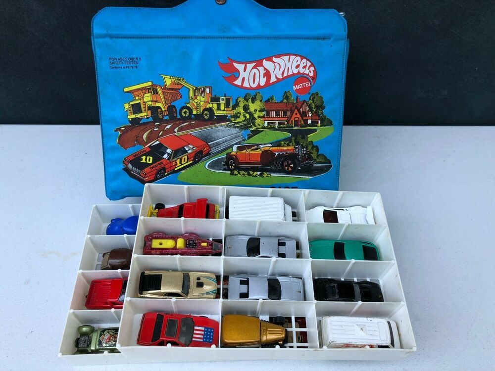 Vintage 1980 Mattel Hot Wheels 24 Car Collectors Case with