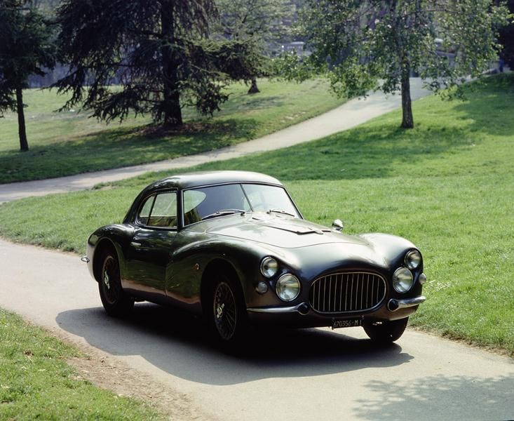 """Here it is the Fiat 8V, the special classic vehicle that John Elkann, Chairman of Fiat, and his wife Lavinia Borromeo will drive during the 2012 """"Mille Miglia"""" Edition. The race itinerary is a charmant round-trip between Brescia and Rome, passing through six Italian regions and some of Italy's most picturesque cities.    Follow us also on Twitter: @Fiat8V - @Fiatontheweb -  #Fiat1000Miglia -    www.fiat.it/8vmillemiglia"""