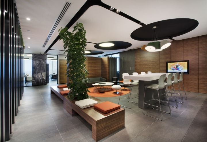 Philip Morris Travel and Sales Office by mimaristudio ...