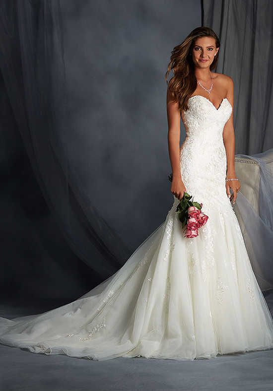 Alfred Angelo Signature Bridal Collection 2558 Wedding Dress Photo