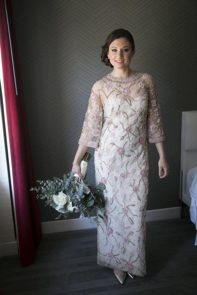 esta mujer se casa con el vestido de novia de su abuela, y le queda