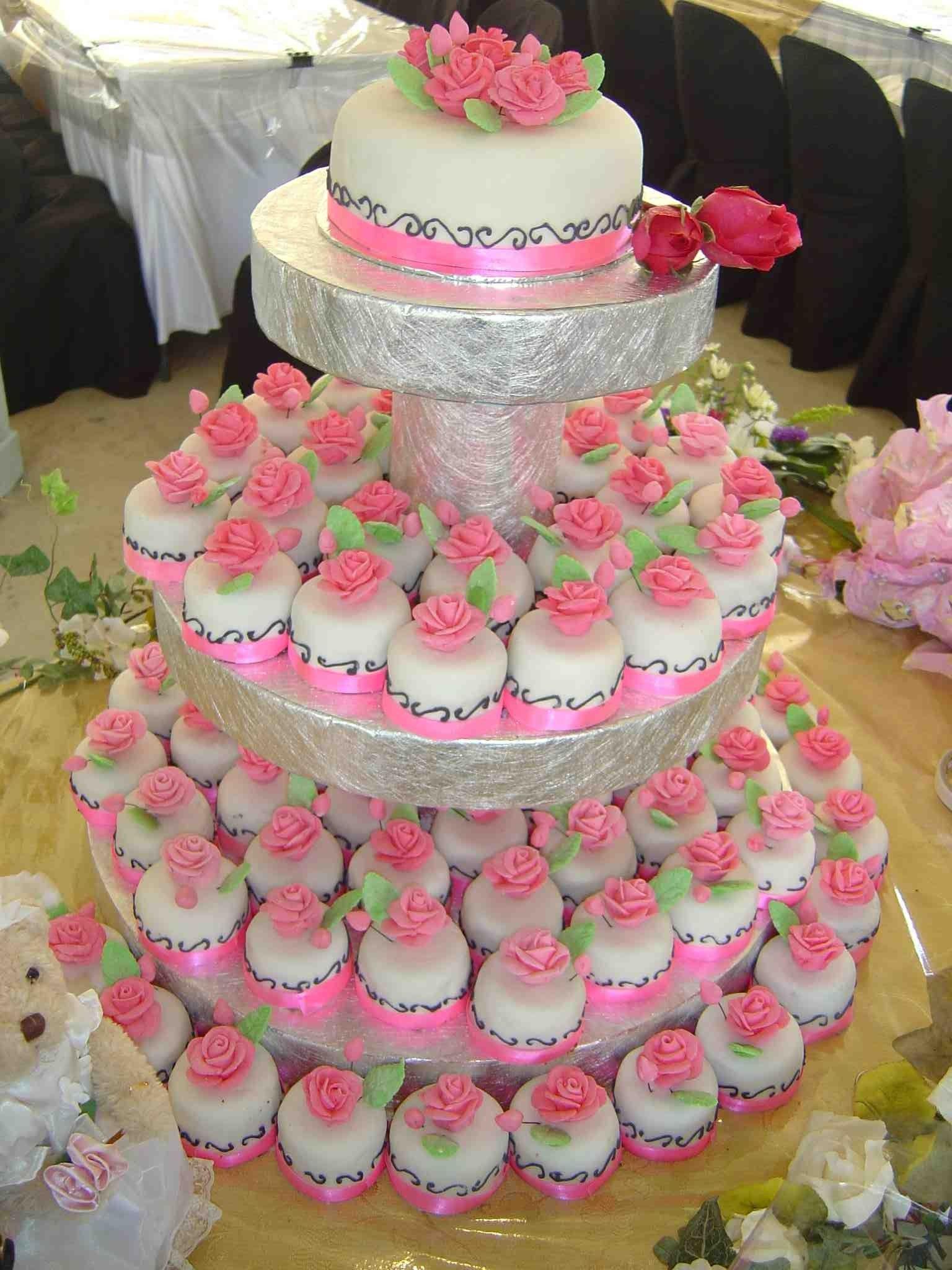 Cute Idea Instead Of Cupcakes Mini Individual Wedding