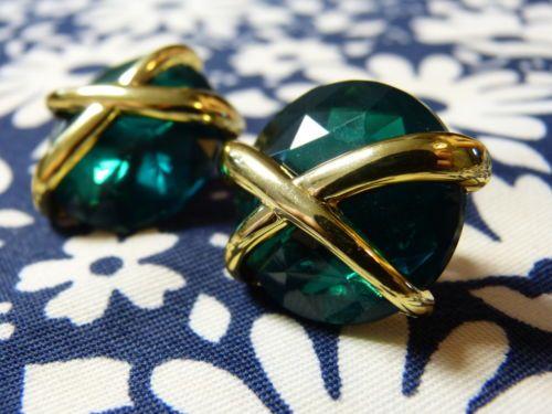 BOUCLES CLIPS boutons  années 80 vert