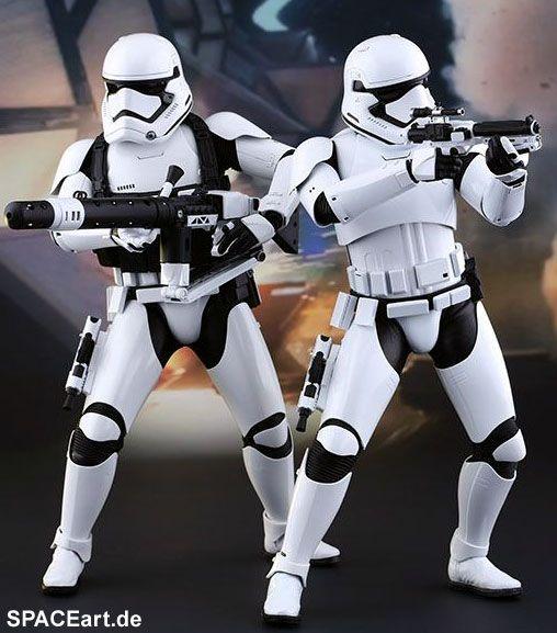 Star Wars: First Order Stormtrooper Set » Typ: Deluxe-Figuren (voll beweglich) » Hersteller: Hot Toys »…