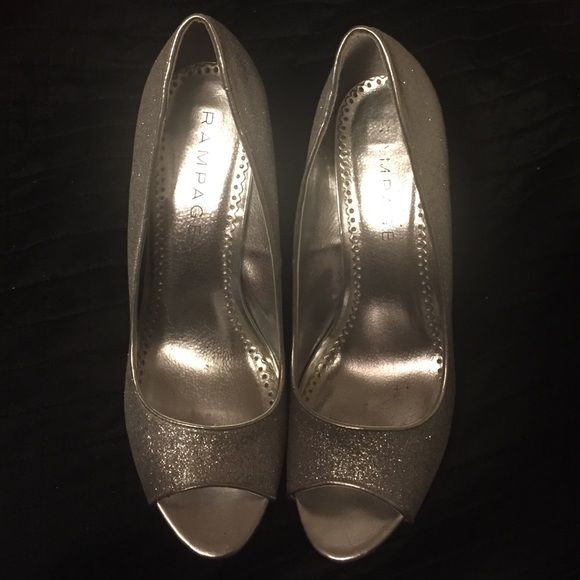 fb3ba6fee6ca Size 9 Sparkly Silver Heels Rampage brand, silver sparkly shoes. Very fun  and super