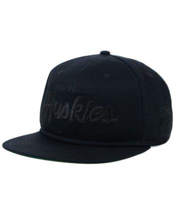 outlet store c71a0 300a8 Nike Washington Huskies Sport Specialties Black on Black Snapback Cap -  Black Adjustable