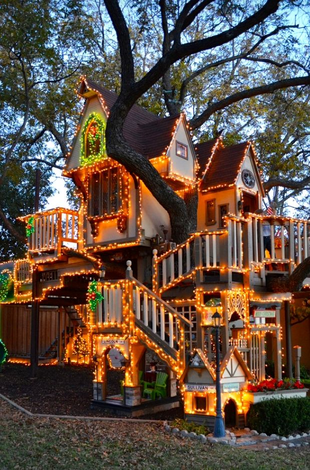 Una Casita En El Arbol Para Los Ninos En Navidad Hermosas Casas