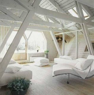 Love this all white loft! The natural light shining through on everything from the furniture to the wooden beams & rafters, creates a singular color contrast #decor #insight
