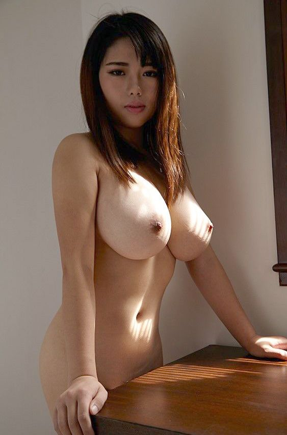What pussy asian model name