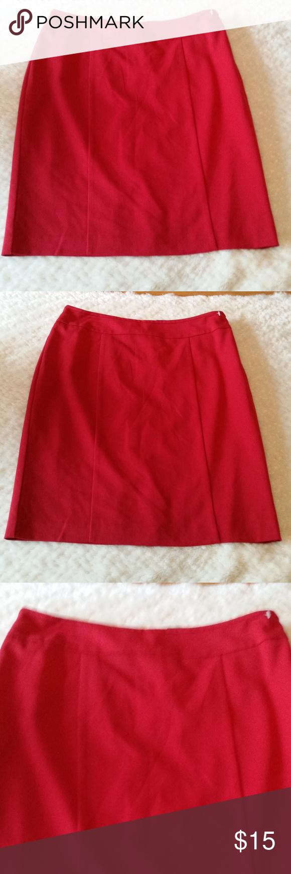 Grey PolyRayon Blend Old Navy Stretch Straight Pencil Skirt. Size 12.