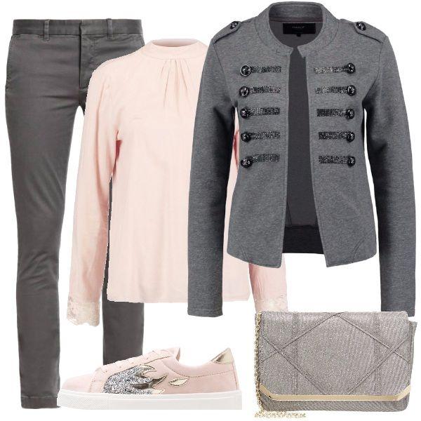 Rosa e grigio per questo outfit che mette insieme la comodità ...