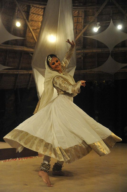 03b9f41f1a Kathak : Astha loses herself in the Sufi way - Zorba, the Buddha in ...