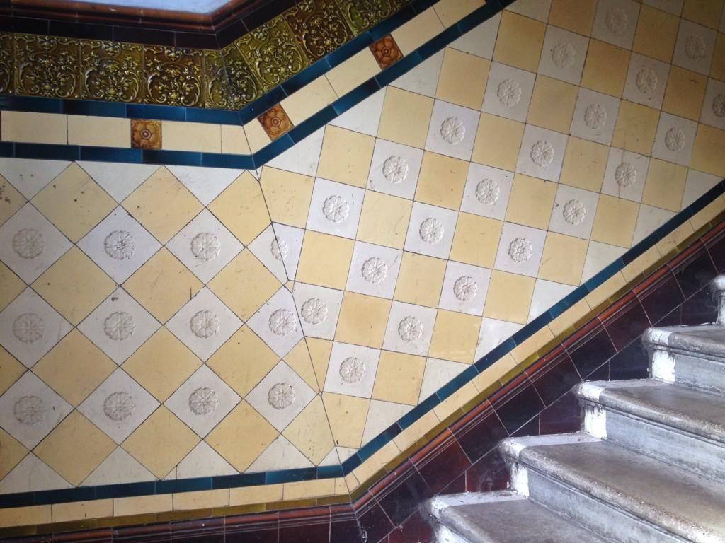 Tenement Tiles On Vintage Interior Design Vintage Interiors And