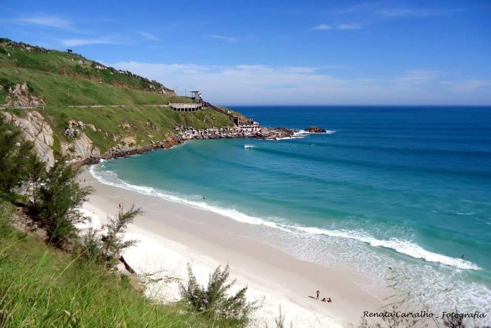 Praia Grande em Arraial do Cabo - Cabo Frio - RJ Foto de Renata Carvalho