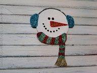 Recycled CD Glitter Snowman - CraftsbyAmanda.com #recycledcd