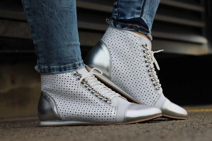 Italy Wloskie Botki Skora Licowa Srebro Dziurki 5347897413 Oficjalne Archiwum Allegro Dress Shoes Men Dress Shoes Oxford Shoes