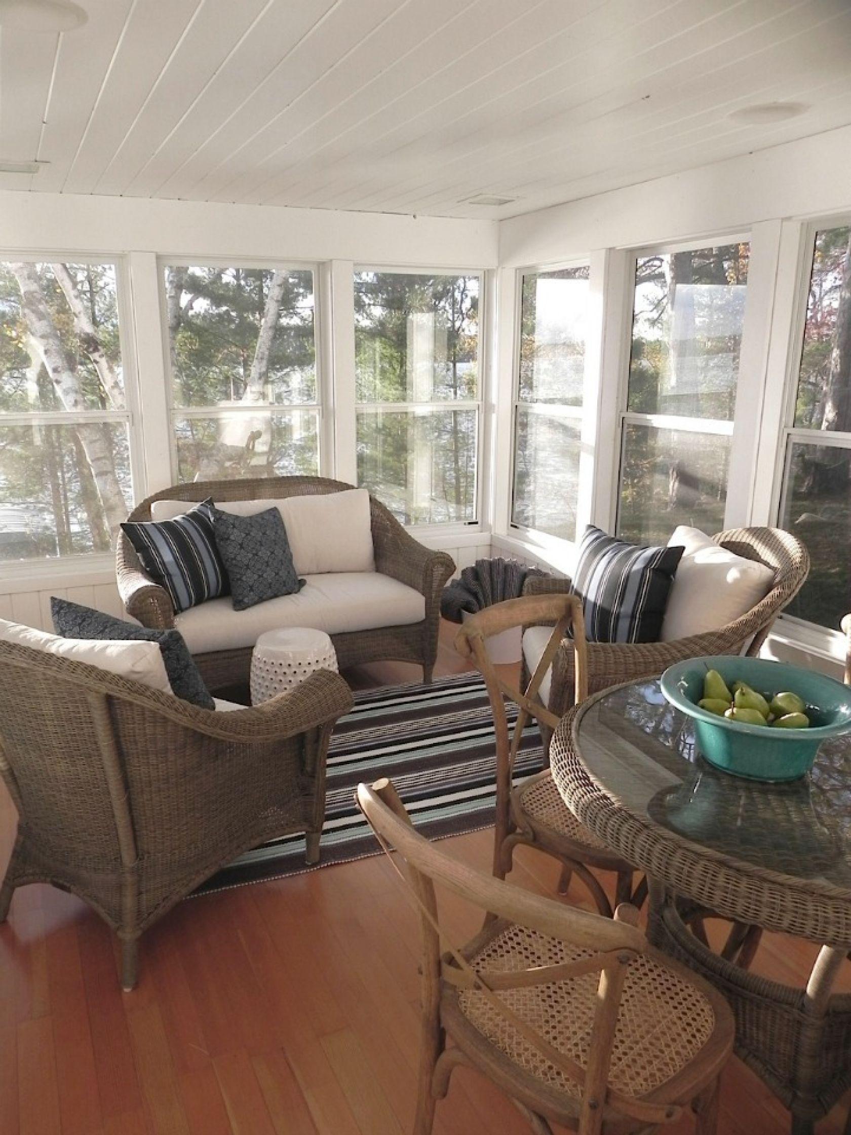 coastal cottage patio with wicker