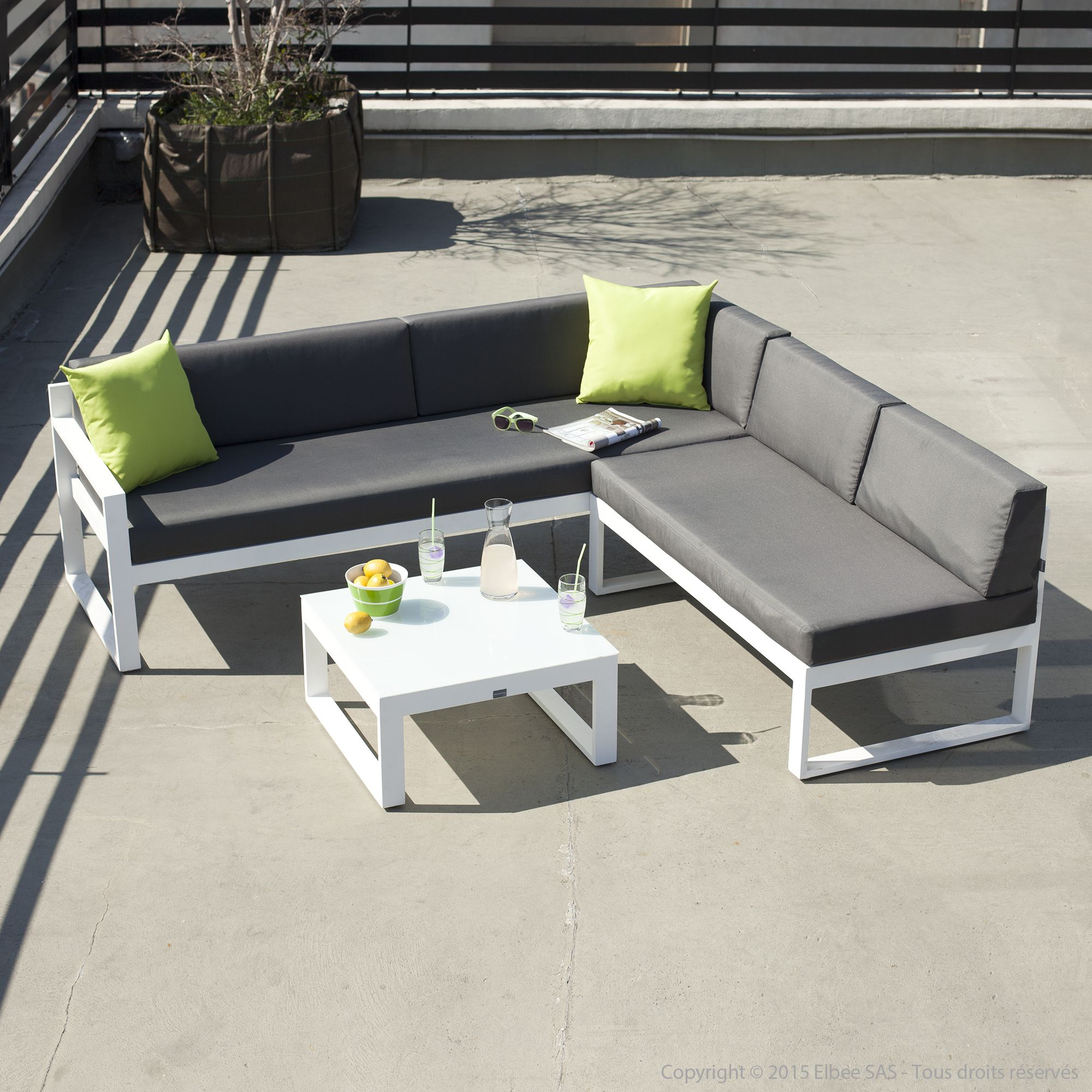 salon de jardin bas 5 places canap d 39 angle table basse en aluminium moderne salons and canapes. Black Bedroom Furniture Sets. Home Design Ideas