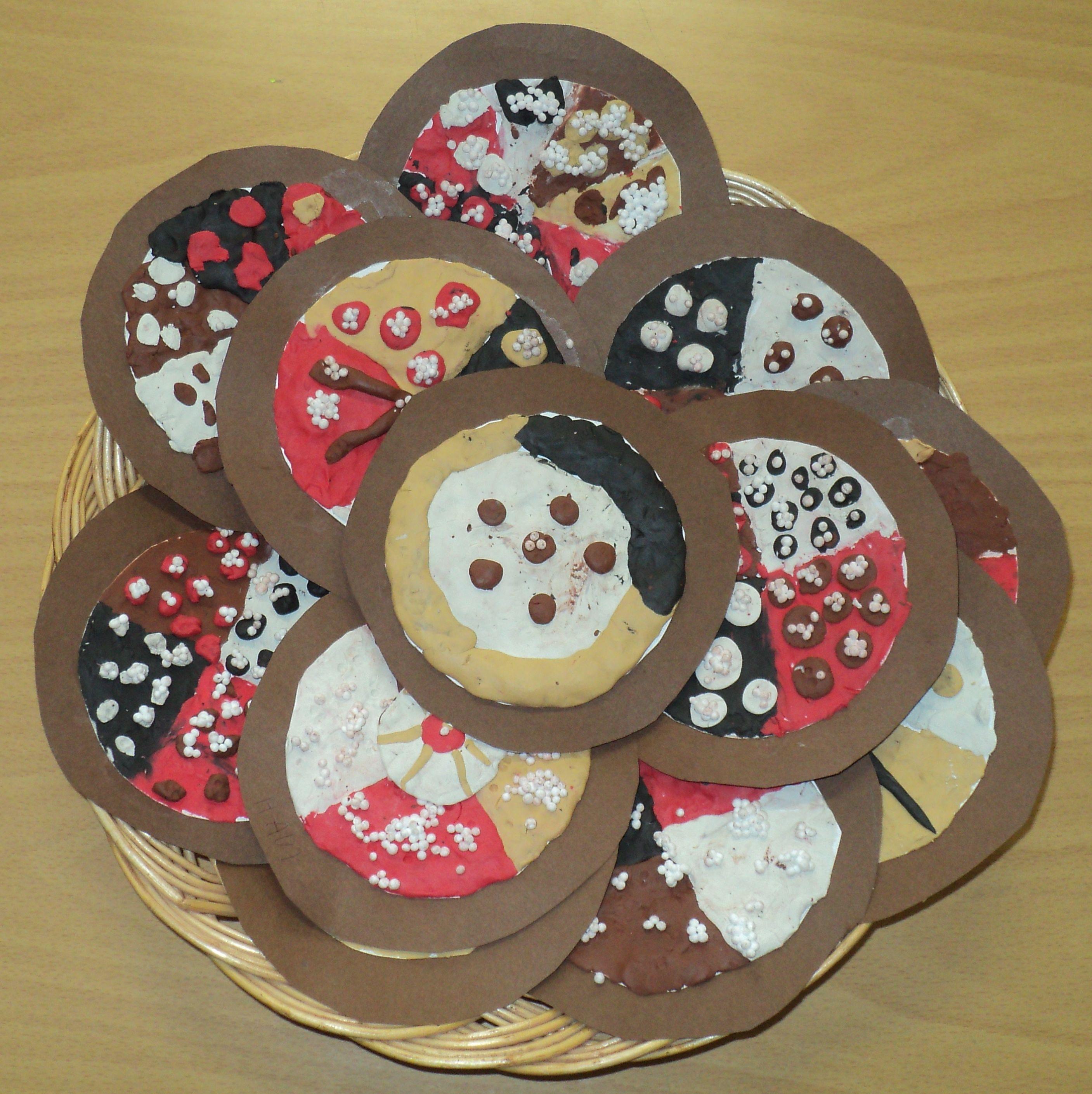 Posvícenské koláče - barevný papír, plastelína a kuličková modelína | Diy  for kids, Kids art projects, Art for kids