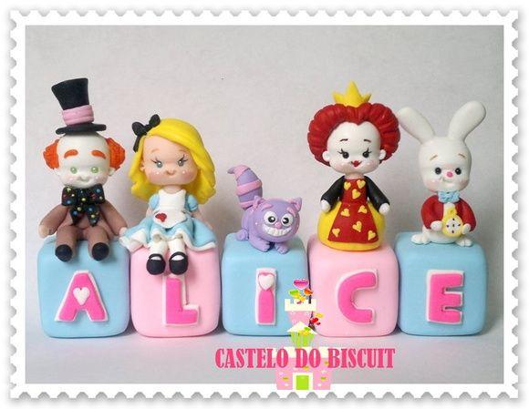 Cubos Com Personagem Com Imagens Decoracao Alice No Pais Das