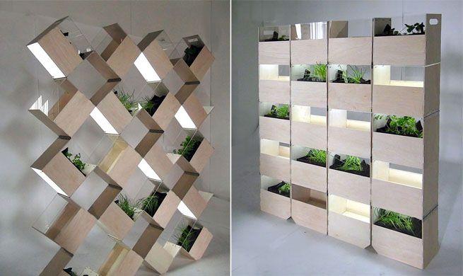 Separar espacios con jardines interiores dise o verde for Celosias para interiores