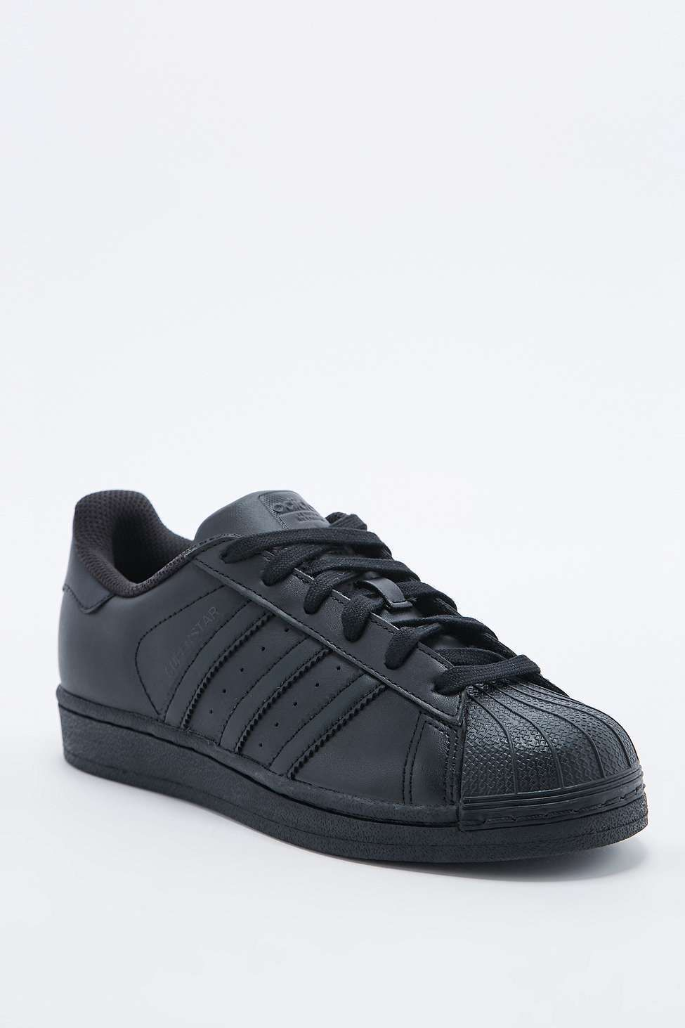 sports shoes 44933 29617 Adidas Superstar All Black Trainer